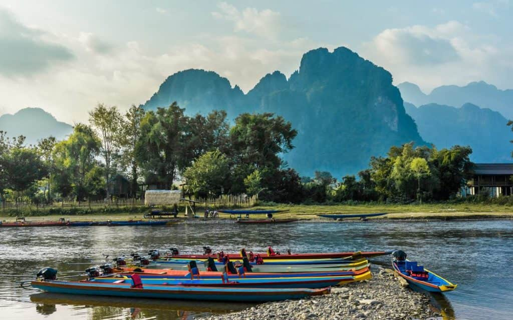 Beautifull-landscape-on-the-Nam-Song-River-in-Vang-Vieng-Laos