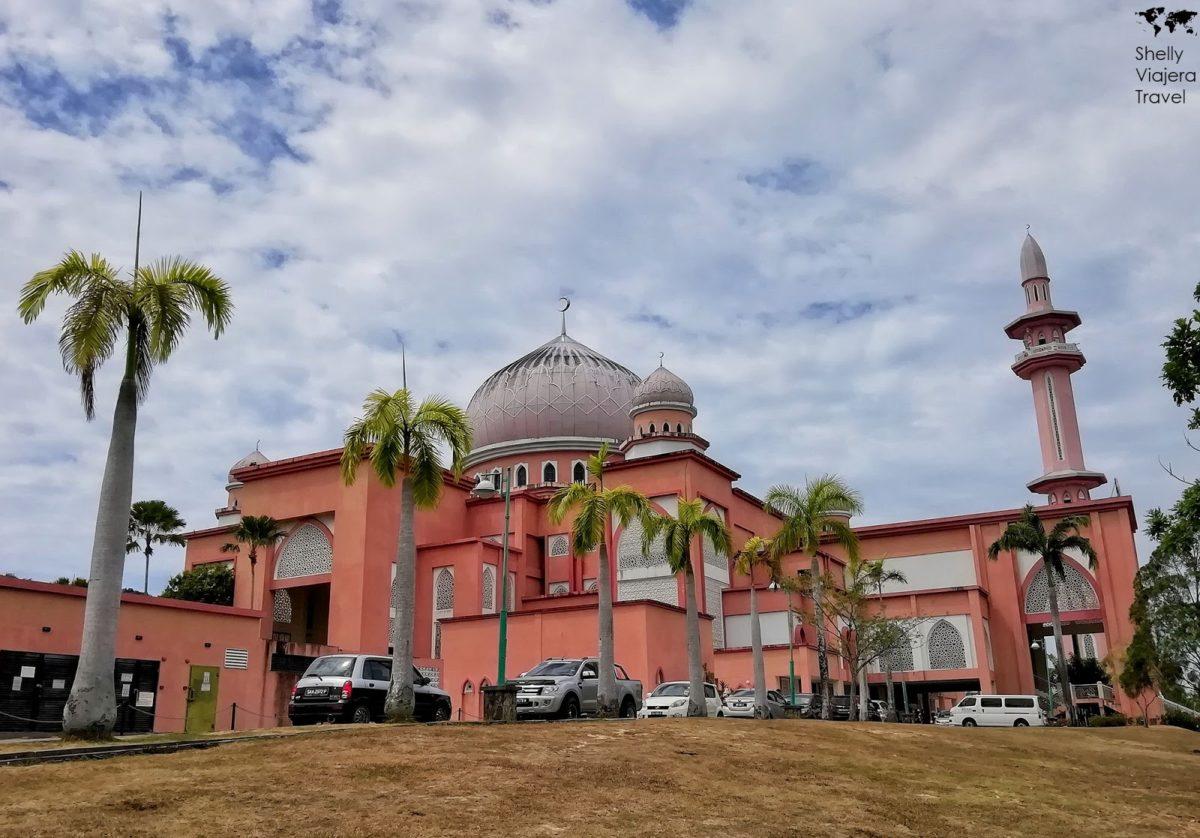 UMS (Pink) Mosque