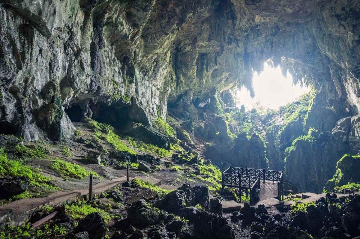 Fairy Cave in Bau