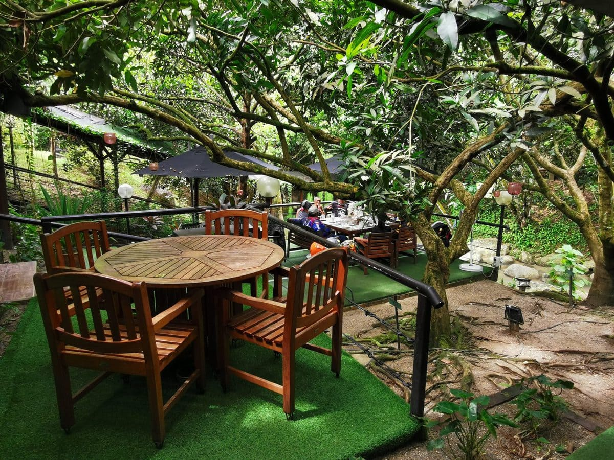 Tanah Aina Fareena Cafe