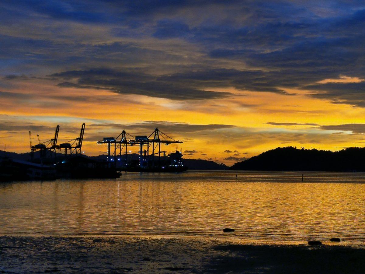 Post sunset at Sepanggar Bay