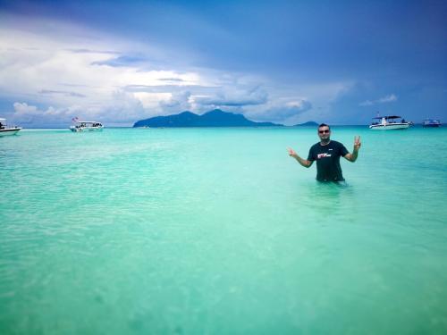 borneo-malaysia-ride-sibuan-island