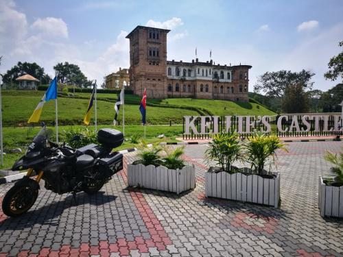 peninsular-malaysia-ride-kellies-castle