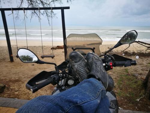 peninsular-malaysia-ride-penarik-beach